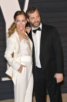 """Leslie Mann """"2015 Vanity Fair Oscar Party hosted by Graydon Carter at Wallis Annenberg Center for the Performing Arts in Beverly Hills"""" (22.02.2015) 126x  XZTwBAuv"""