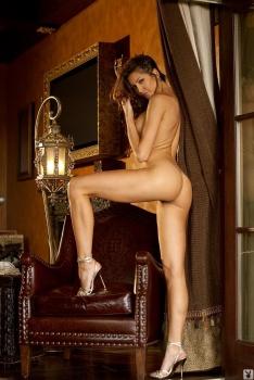 Angela Taylor Bustybabes 04