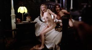 Marianne Morris, Anulka Dziubinska,  Sally Faulkner @ Vampyres (ES/UK 1974) [HD 1080p]  TQzbkxSy