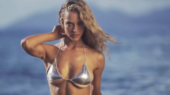 Hannah Ferguson - Uncovered  - Sports Illustrated Swimsuit (2017) Topless | HD 1080p