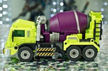 [Generation Toy] Produit Tiers - Jouet GT-01 Gravity Builder - aka Devastator/Dévastateur - Page 2 SlACOBAL