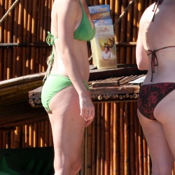 Katy Perry green bikini 5165