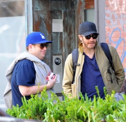 Jake Gyllenhaal & Jonah Hill & America Ferrera - Out And About In NYC 2013.04.30 - 37xHQ 9Hlz7cEh