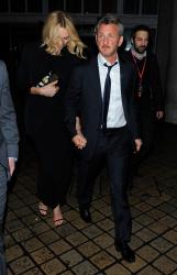 Sean Penn - Charlize Theron and Sean Penn - seen leaving Royal Festival Hall. London - February 16, 2015 (153xHQ) NahvUQGr