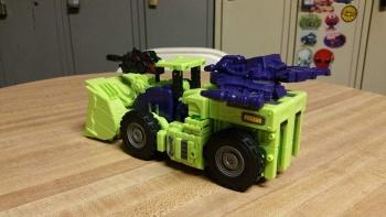 [Toyworld] Produit Tiers - Jouet TW-C Constructor aka Devastator/Dévastateur (Version vert G1 et jaune G2) - Page 5 HTS7HUar