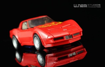 [Masterpiece] MP-25L LoudPedal (Rouge) + MP-26 Road Rage (Noir) ― aka Tracks/Le Sillage Diaclone - Page 2 781LYdoH