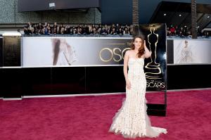 Kristen Stewart - Imagenes/Videos de Paparazzi / Estudio/ Eventos etc. - Página 31 AdqtmkrJ