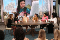 Miranda Cosgrove - The Talk: June 29th 2017