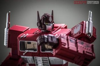 [Masterpiece] MP-10B | MP-10A | MP-10R | MP-10SG | MP-10K | MP-711 | MP-10G | MP-10 ASL ― Convoy (Optimus Prime/Optimus Primus) - Page 4 TgOim8Bn