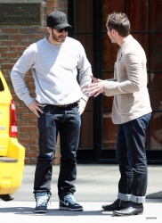 Jake Gyllenhaal & Jude Law - Out And About in East Village 2013.04.27 - 5xHQ QILRgMXy