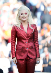 Lady Gaga - Super Bowl 50 @ Levi's Stadium in Santa Clara - 02/07/16