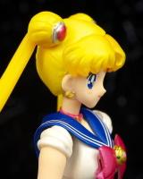 Goodies Sailor Moon - Page 2 AbgABYNG