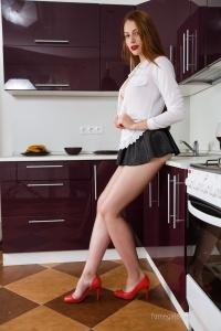 Isabella - In The Kitchen - [famegirls] MSmkjxxV