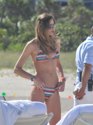 achImomN Ana Beatriz Barros in a bikini in Miami Beach   December 7, 2012   35 HQ candids