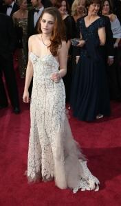 Kristen Stewart - Imagenes/Videos de Paparazzi / Estudio/ Eventos etc. - Página 31 AclWaXiV