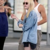 Dakota Fanning / Michael Sheen - Imagenes/Videos de Paparazzi / Estudio/ Eventos etc. - Página 5 AbicW1bM