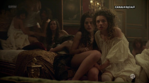 Anna Brewster, Hannah Arterton @ Versailles s02 (FR 2017) [1080p HDTV] 8CyIDmMf