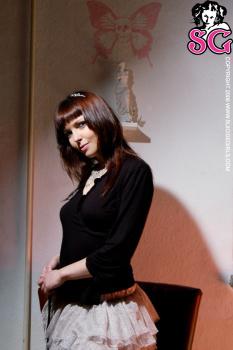 04-24 - Medeia - Dark Princess