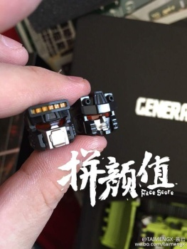 [Generation Toy] Produit Tiers - Jouet GT-01 Gravity Builder - aka Devastator/Dévastateur - Page 3 KXa20x7Y