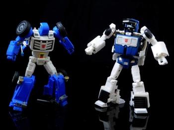 [X-Transbots] Produit Tiers - Minibots MP - Gamme MM - Page 6 4rCuo4vu
