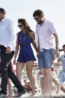 Nina Dobrev with her boyfriend Austin Stowell in Saint-Tropez (July 24) UWr5tJ9N