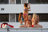 Nina Dobrev vacationing with friends in Saint-Tropez (July 20) AYo7reDK
