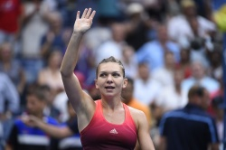 Simona Halep - 2015 US Open Day Ten: Quarterfinals vs. Victoria Azarenka @ BJK National Tennis Center in Flushing Meadows - 09/09/15