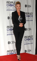 Katherine Heigl - 35th Annual People's Choice Awards, 7 января 2009 (58хHQ) RfR4uC75