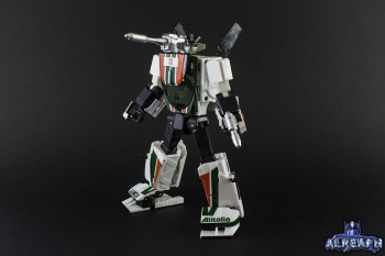 [Masterpiece] MP-20 Wheeljack/Invento - Page 5 Orh6P5VM