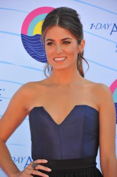 Teen Choice Awards 2012 Abz4i3e8