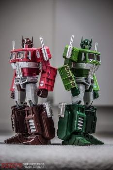 [Masterpiece] MP-10B | MP-10A | MP-10R | MP-10SG | MP-10K | MP-711 | MP-10G | MP-10 ASL ― Convoy (Optimus Prime/Optimus Primus) - Page 4 0J5KeSht