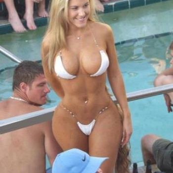 no todo es desnudos a veces un poquito de soft es erotico