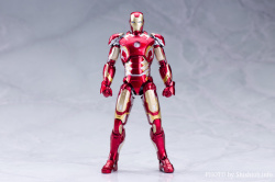 Iron Man (S.H.Figuarts) - Page 3 HFbhER0m