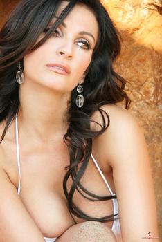 Дениз Милани, фото 4471. Denise Milani White Bikini (From Her Old Website), foto 4471