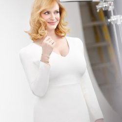 Christina Hendricks Goes Blonde