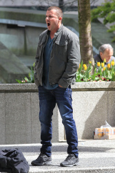 Dominic Purcell on the set of 'Bailout: The Age of Greed' - April 27, 2012 - 17xHQ 3GOHPV3S