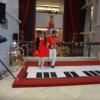 Interactive piano stage 72AE1tMA