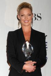 Katherine Heigl - 35th Annual People's Choice Awards, 7 января 2009 (58хHQ) SshyVA2Q