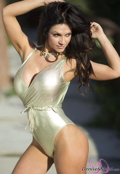 Дениз Милани, фото 4891. Denise Milani Gold One-Piece (Low Quality), foto 4891