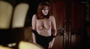 Marianne Morris, Anulka Dziubinska,  Sally Faulkner @ Vampyres (ES/UK 1974) [HD 1080p]  TCoUQKqA