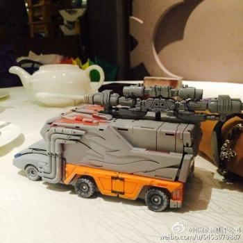 [DX9 Toys] Produit Tiers - Jouet D-06 Carry aka Rodimus et D-06T Terror aka Black Rodimus AERHcVIB