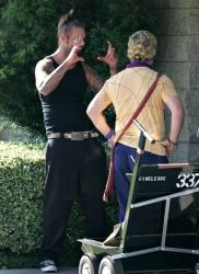 Josh Holloway & Sean Astin - Stay Cool Set - 29xHQ FP4wujhZ