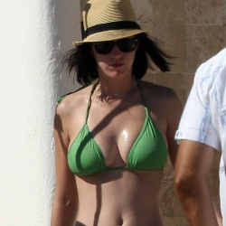 Katy Perry green bikini 120561
