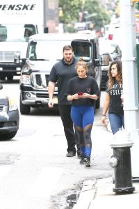 Jennifer Lopez -  - Grabbing A Smoothie After A Workout (8/7/17)
