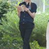 Dakota Fanning / Michael Sheen - Imagenes/Videos de Paparazzi / Estudio/ Eventos etc. - Página 5 AdfrFsUS