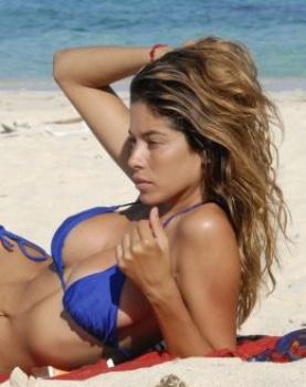 Aida Yespica Bikini Honduras