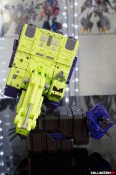 [Toyworld] Produit Tiers - Jouet TW-C Constructor aka Devastator/Dévastateur (Version vert G1 et jaune G2) - Page 4 5bxx8gmZ
