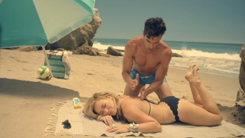 Hilary Duff - 'Chasing The Sun' HD cap edited by me (no guy)