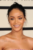 Rihanna  57th Annual GRAMMY Awards in LA 08.02.2015 (x79) updatet YxM8U4yF