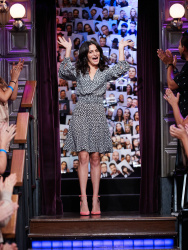 Jenny Slate - The Late Late Show with James Corden: July 24th 2017